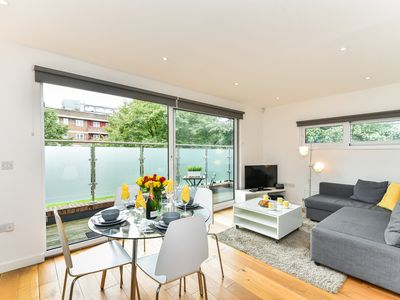 Photo for Vibrant Vauxhall 1 Bed Executive Stay