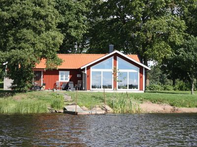 Photo for Beautiful cottage just a few meters from the lake
