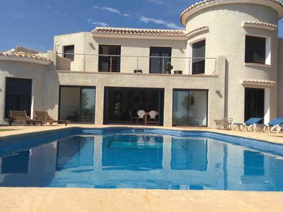 Photo for Villa, private swimming pool, sea views, wifi, air conditioning, modern kitchen.
