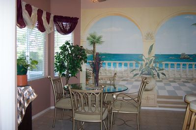Family/Dining Room w/Painted Mural