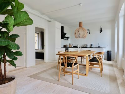 Photo for Dinesen Collection - Luxury Townhome by Kings New Square