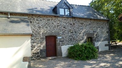 Photo for Charming rural cottage sleeping 5 with heated pool + WIFI