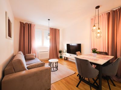 Photo for Cherry Apartment for Families and Couples with Free Parking