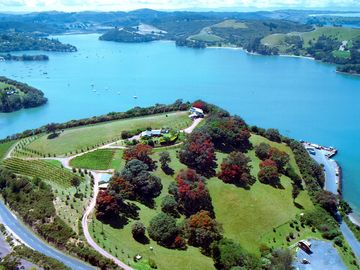 Surfdale, Auckland, New Zealand