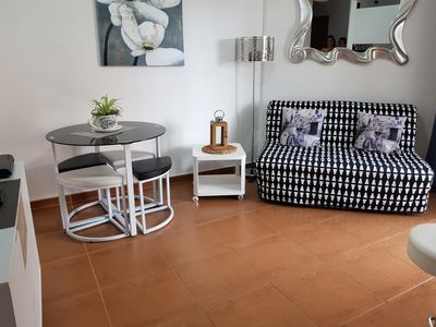 Photo for Center Los Cristianos, nice renovated apartment, overlooking pool.