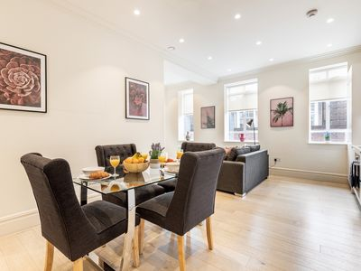 Photo for MOST CENTRAL AREA - COVENT GARDEN - STRAND - TEMPLE AREA SPACIOUS 1BR FLAT