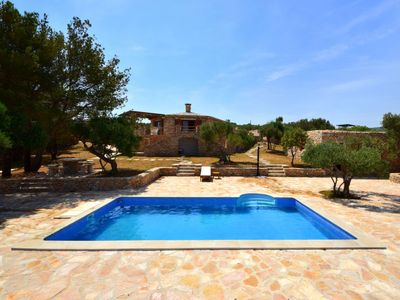 Photo for 3 bedroom Villa, sleeps 7 in Povlja with Pool, Air Con and WiFi