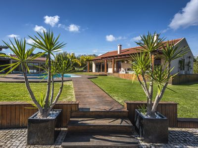 Photo for Designer villa with private heated swimming pool near Sesimbra