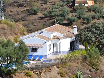 Photo for Villa, sleeps 6, very quiet, views of the sea and mountains VTAR / MA / 01388