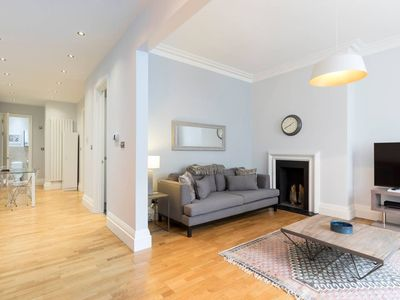 Photo for Luxury 2bed 2bath flat to stay in Earls Court