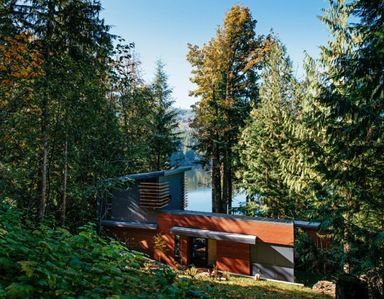 Photo for Perfectly Wood Designed Mt. Baker Lodging Cabin 83 in United States