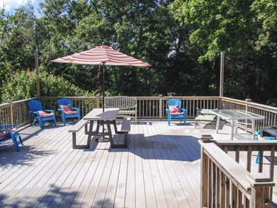 Photo for 3Bd1.5Ba Walk to MayflowerBeach, Massive sunny deck & yard,Very Clean!