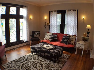 Photo for Historic & Funky Garfield Park Apt, With View