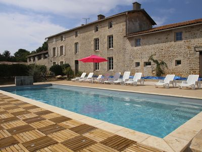 Photo for Unusual estate, private heated pool, between Marais Poitevin / Futuroscope