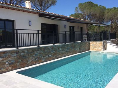 Photo for Modern villa with private pool and beautiful views over the Massif des Maures.