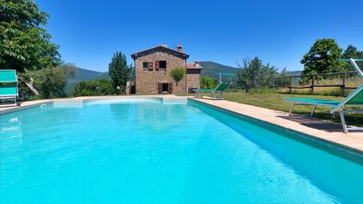 Photo for Casa deli Ulivi: Private pool olive grove, super views, free WiFi, near village.
