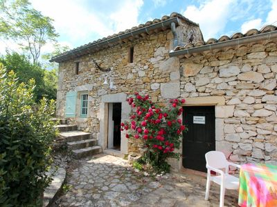 Photo for Cottage with pool, quiet, near Valley Céze and Uzes