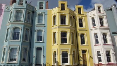 Photo for Tenby Towers - One Bedroom House, Sleeps 4