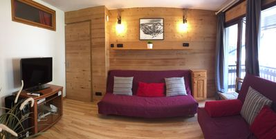 Photo for Apartment in Les Deux Alpes, WIFI, Ski to door, Central