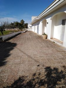 Photo for casa salento: apartment with garden and parking space