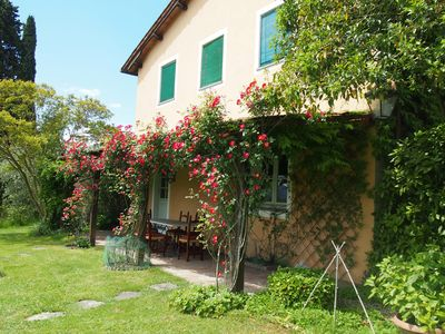 Photo for Viviana home-country house with pool only 5 minutes from the historic center of Lucca