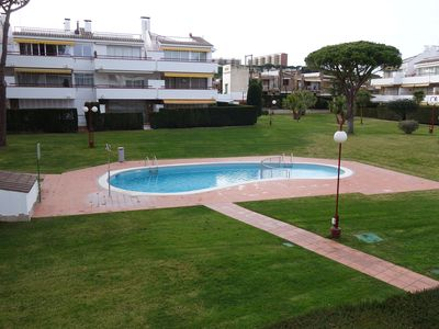Photo for Apartment in Calella Park with pool and landscaped area