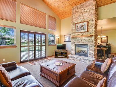 Photo for NEW LISTING! Spacious getaway for whole family w/kitchen -near everything