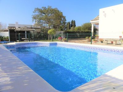Photo for Holiday house with large and nice garden and private pool, for 4 people.