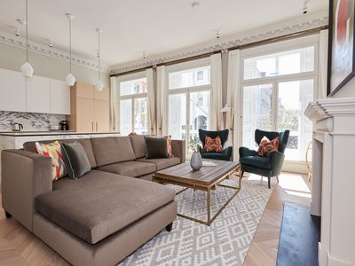 Photo for Luxurious 3BR in Covent Garden by Sonder