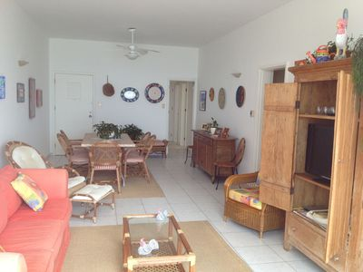 Photo for Large and bright apartment. Accommodates families. In front of the beach