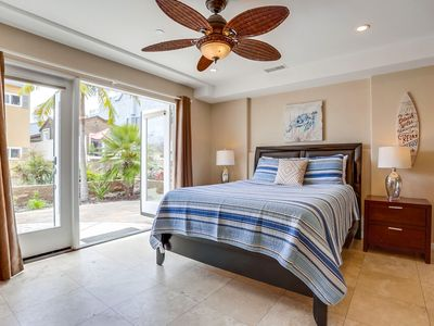 Palms Paradise by 710 Vacation Rentals | Spacious & High-End w/ 3 Car Garage!