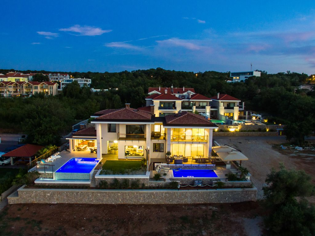 Exclusive Luxury Top Location Right On The Beach, With Private Pool, On  Island Krk