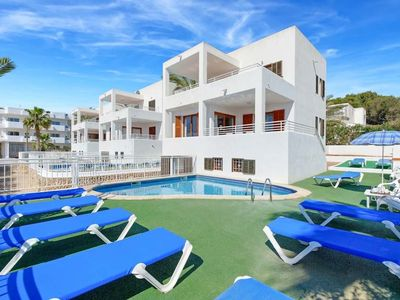 Photo for *** CALA D'OR VILLA *** 5 Bedrooms, 3 Baths, Air Con, WiFi, Private Pool, BBQ