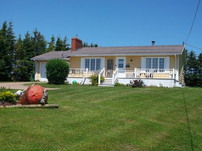 Whitesails vacation home, directly on Rustico Bay!