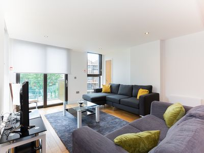 Photo for Luxury Two Bedroom In Maida Vale