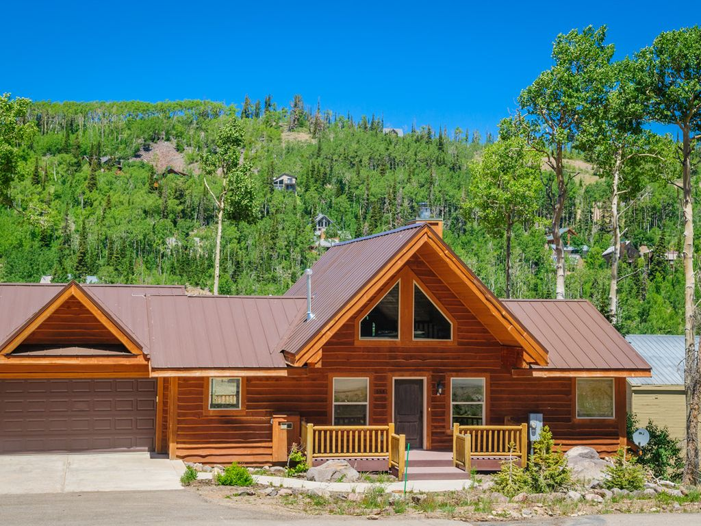 in for rent rentals rooms cabin stunning utah united luxury w brian head cabins states new deck