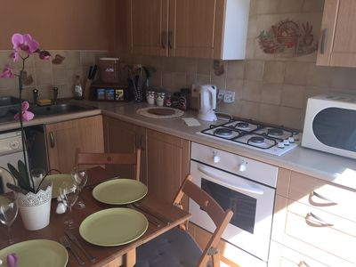 Photo for City centre and family friendly holiday apartment in Edinburgh
