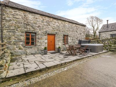 Photo for 2BR Cottage Vacation Rental in Harlech
