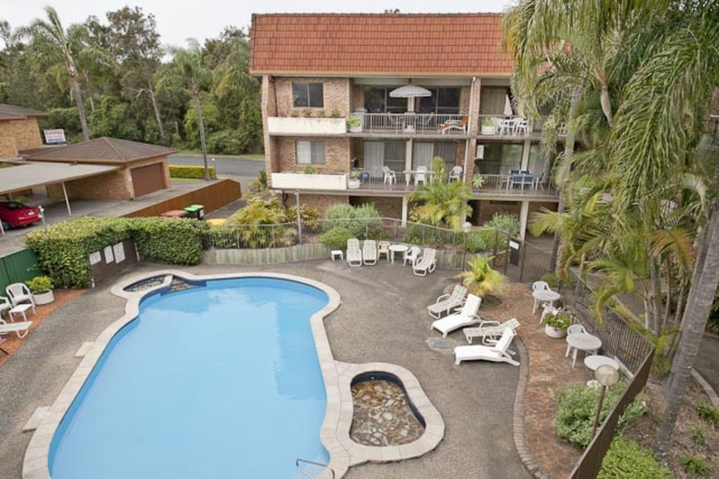 Hawaiian Gardens Unit 22 2 Br Vacation Apartment For Rent In Coffs Harbour Australia