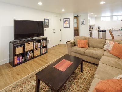 ★ North Ave Nest ★ Wonderful Apartment for all of your Needs ★