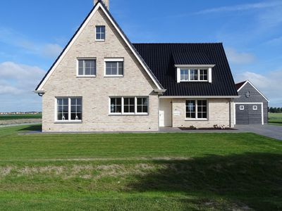 Photo for 5BR House Vacation Rental in Cadzand