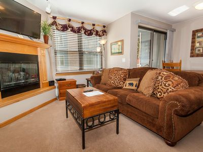 Photo for Updated Kitchen, Private Laundry, Patio w/Courtyard, Free WIFI