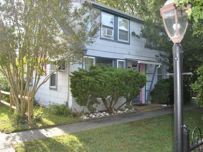 Photo for Congress Street Cottage - Easy walk to beaches, restaurants, and shopping!