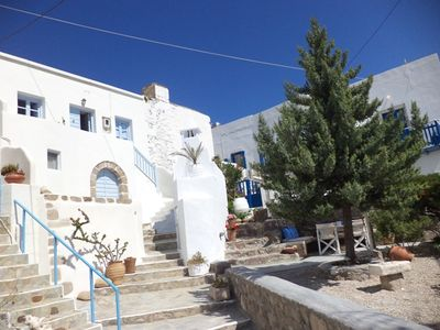 Photo for Authentic traditional cycladic house in Plaka
