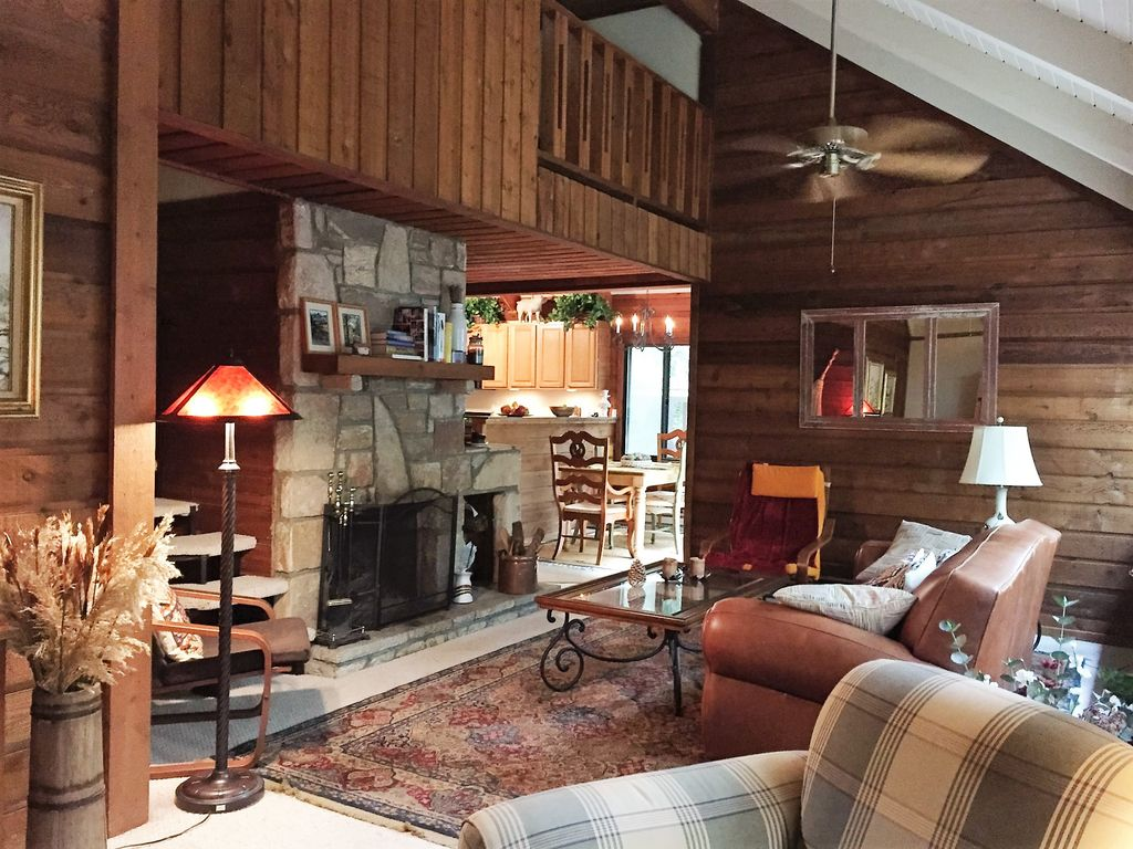 Cozy and charming 3bdr 2 5ba your perfect place on the mountain sapphire cottage