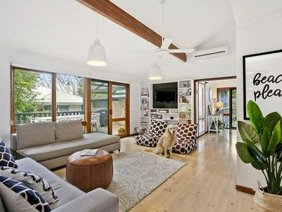 Photo for CLOSE TO THE GOLF COURSE - STYLISH 4 BRM HOME WITH WIFI & DOG FRIENDLY!