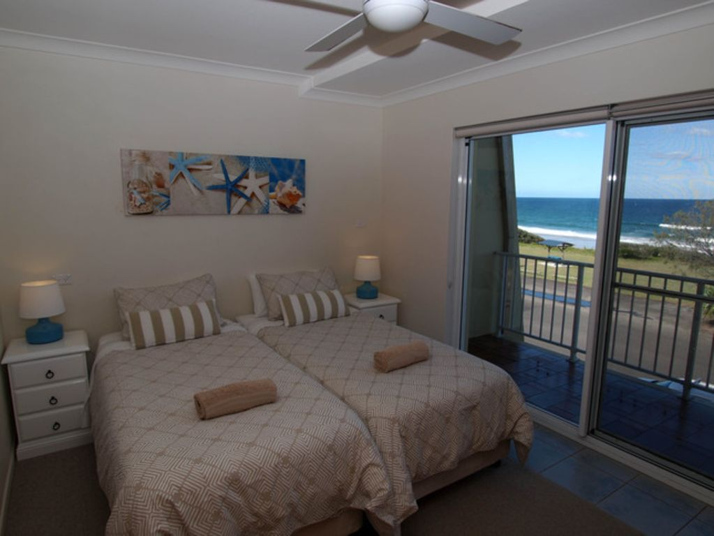 Pippi Beach Penthouse unit with pool, spectacular Ocean views