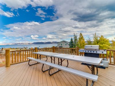 Photo for NEW LISTING! Rustic cabin with lake views and shared pool, hot tub, and tennis!