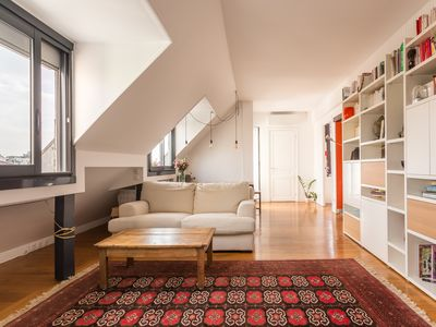 Photo for Beautifully designed 2BR apartment with balcony in the 17th (Veeve)