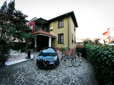 Photo for Villa in the heart of Milan (x 8 persons)